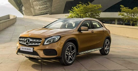 Mercedes-gla-250-4matic-2019-2020-noi-that-ngoai-that-mercedeshaxaco-com-vn