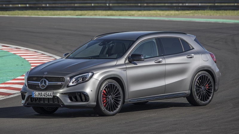 Mercedes-gla-45-4matic-2019-2020-noi-that-ngoai-that-mercedeshaxaco-com-vn