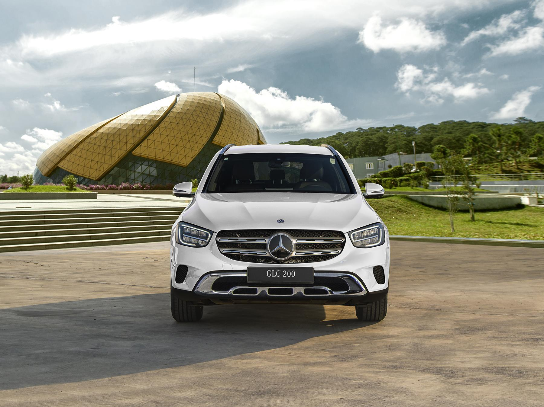 mercedes-glc-200-facelift-2020-noi-that-ngoai-that-mercedeshaxaco.com_.vn